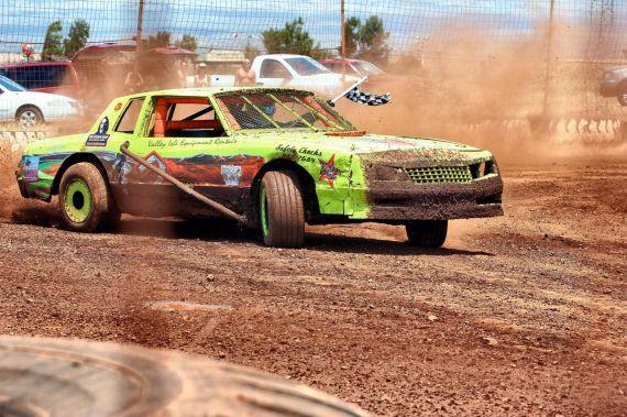 Shoots Photo Service race partner Tim Nay, @ Paradise Motor Speedway, Maui