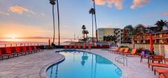 SeaCrest_Pool_at_Sunset